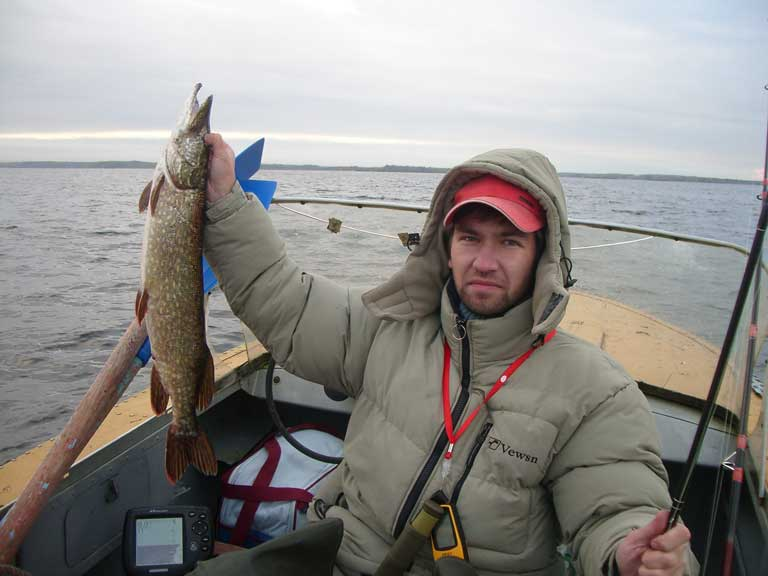 видео рыбалка на нарвском водохранилище