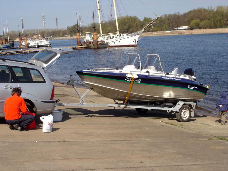где можно спустить лодку на воду в санкт-петербурге