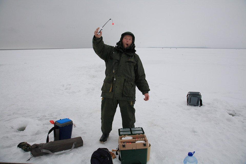 где ловить корюшки у финского залива
